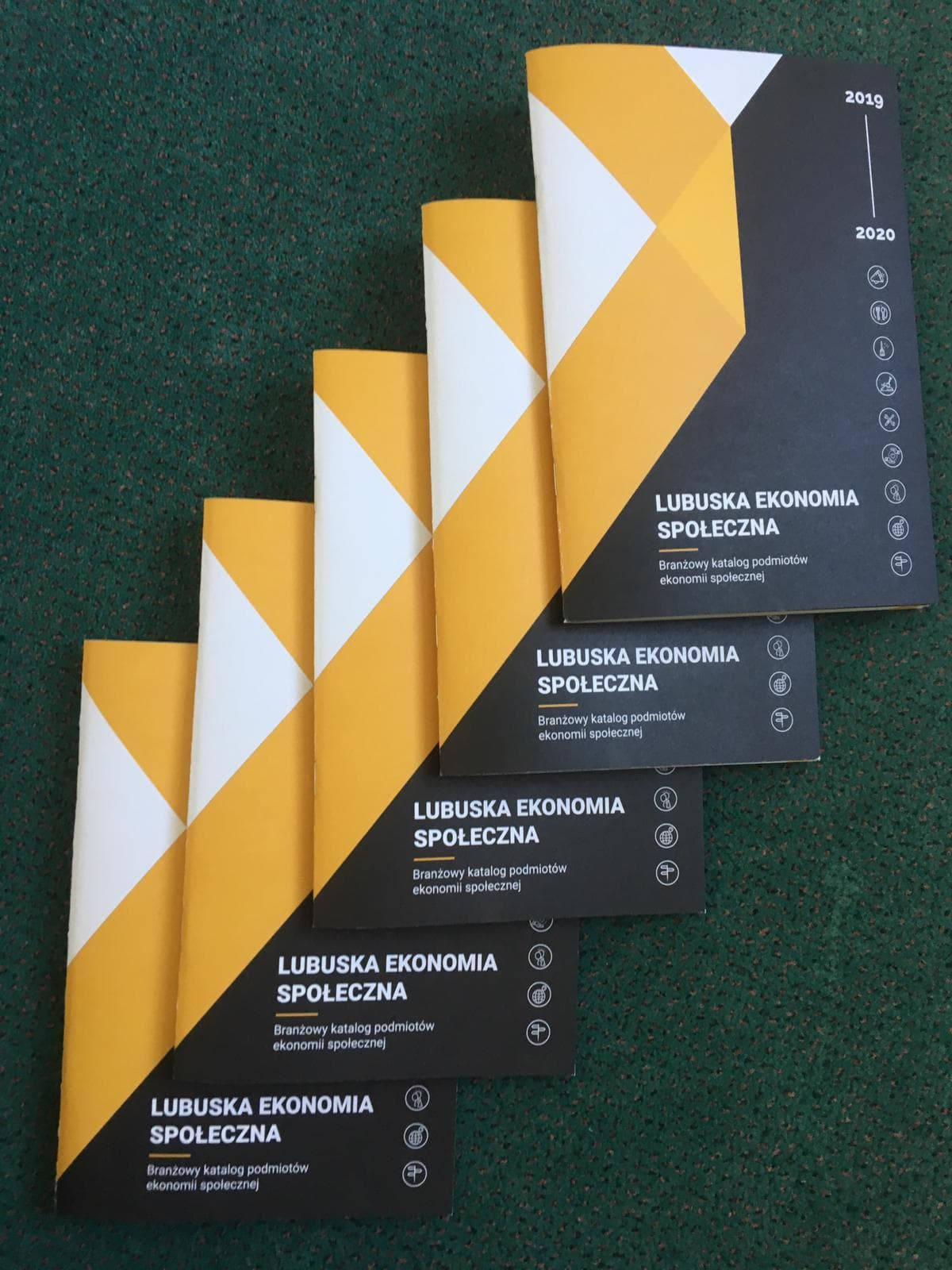 Ilustracja do informacji: Branżowy katalog podmiotów ekonomii...
